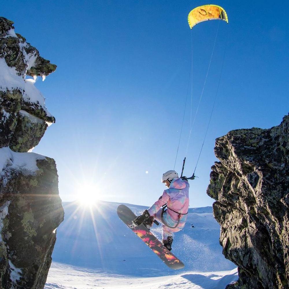 Linda Viktoria Olofsson | Norway  Redbull Ragnarok Snowkite Champion 2015