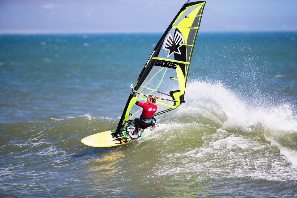 Elise Gire Windsurf