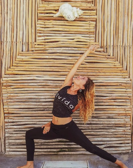 Yoga luchi.jpg