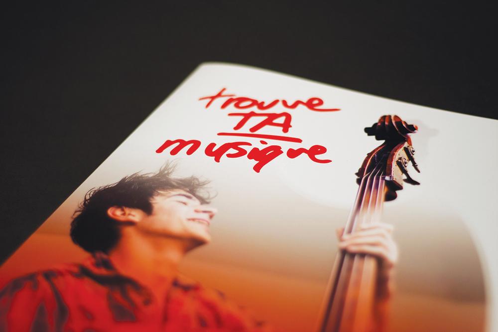 École de musique Vincent-d'Indy.Brochure promotionnelle, cours collégial. Imprimé.