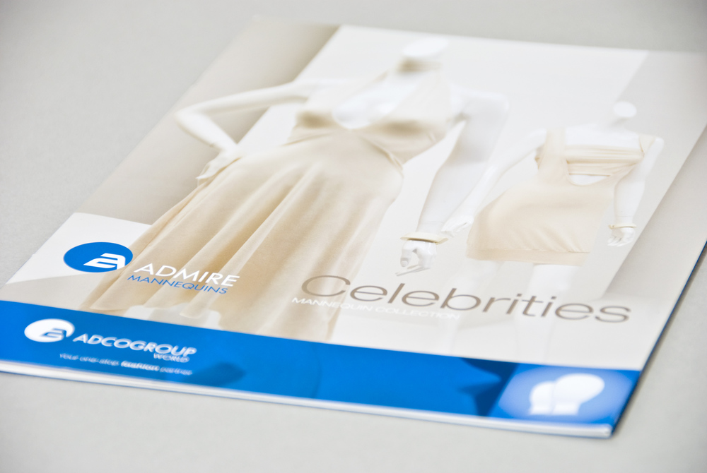 Brochure de vente, collection de mannequins Celebrities. Imprimé.