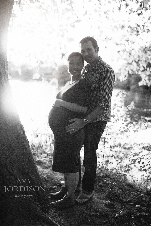 2017 10 Ngoc and Rob Maternity-053.jpg