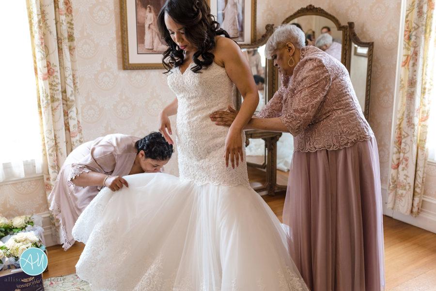 Bride Prep (73 of 186).jpg