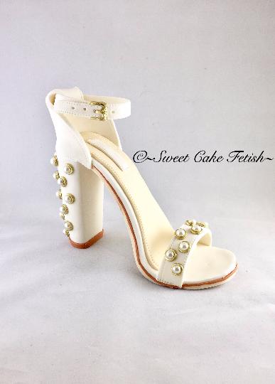 742676e9ed587 White with gold & pearls gumpaste shoe topper