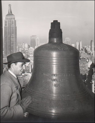 ny_manhattan_metlife_archives_bell.jpg