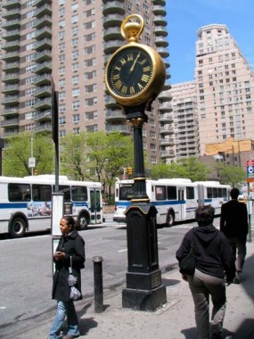forgotten new york yorkville clock 1.jpg