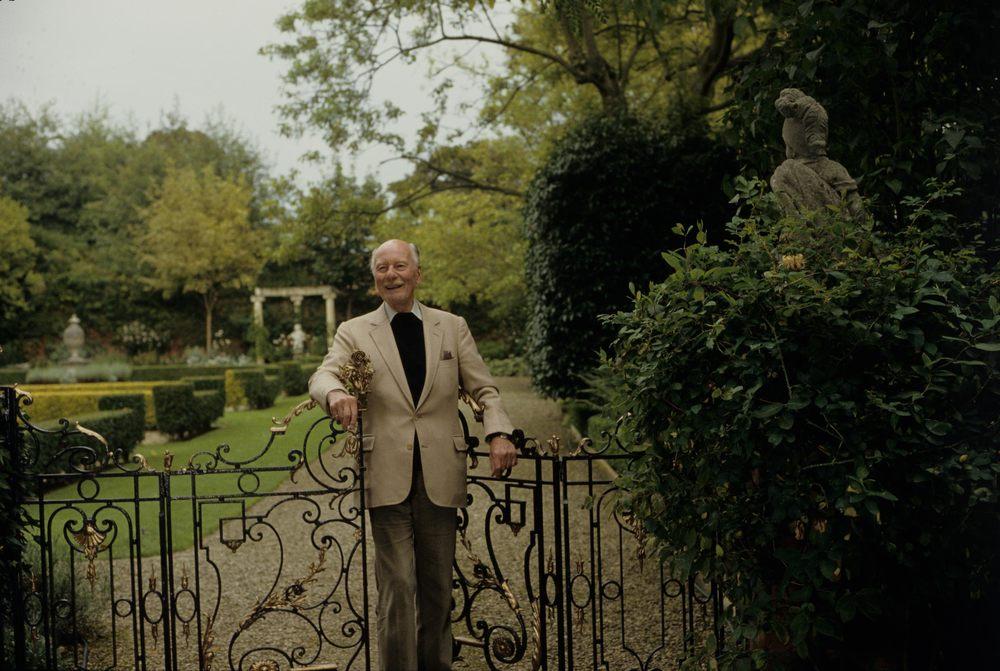 Sir John Gielgud Wotton Underwood, Bucks