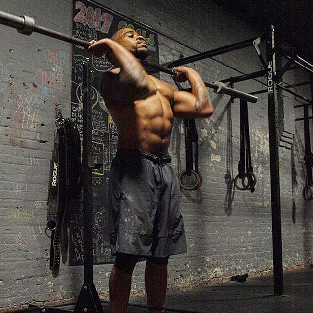 Don't look back a year from now wishing you started today. Get after it. #thebarbellceo @mnhowbeta 📸 @monica_didit ____________ #fitnessmotivation #crossfitphotograpgy #mobility #chinup #barbellbrigade #wod #functionaltraining #snatch #calesthenics #kettlebellexercises #coreworkout #assaultbike #concept2 #cardio #gymnastics #mobilitywod #crossfit #crossfitter #kettlebellworkout #barbend #functionalbodybuilding #functionalfitness #strengthcoach #functionalstrength #strengthandconditioning #olympicweightlifting #weightlifting #cleanandjerk