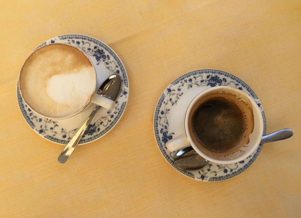 Cappuccino versus Americano in Venice...#cappuccinoforthewin