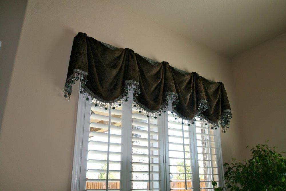 dark valance window treatments