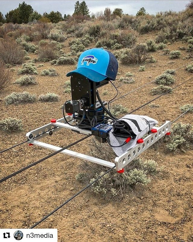 Linecam proto testing with @n3media  it just keeps going ・・・ #linelapse #linecam #dynamicperception #timelapse #motioncontrol