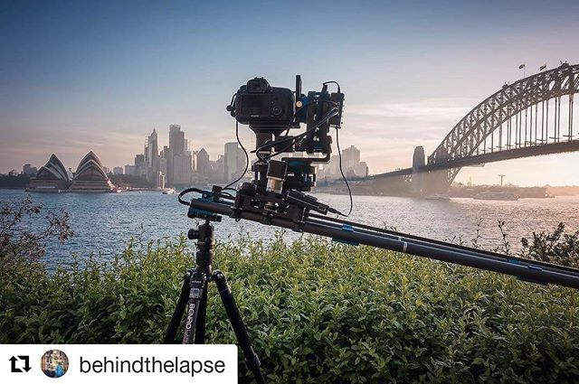 Sydney Stage One via @behindthelapse ・・・ Sunset timelapse session. - Canon 5D3 - Zeiss 2.8/15mm - Lee Filters (Soft Grad ND9) - Dynamic Perception Stage 1 Plus, Stage R and NMX - Benro Travel Angel  #timelapse #motioncontrol #dynamicperception