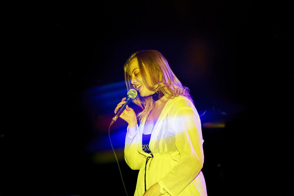 Dream Wife 8 - The Dome Club London 26:04:17   [Chris Almeida] .jpg