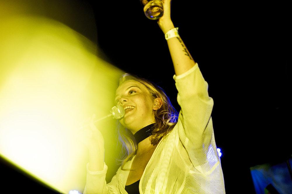 Dream Wife 12 - The Dome Club London 26:04:17   [Chris Almeida] .jpg