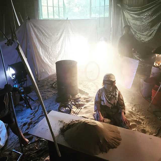 When you need to recreate a sandstorm in Afghanistan, but all you have is a farm in Maryland. Director Brandon Bray, DP @nathangolon, @goodfightmedia great work you guys! @arri #alexamini #setlife #filmmaking #bts #army #bomb