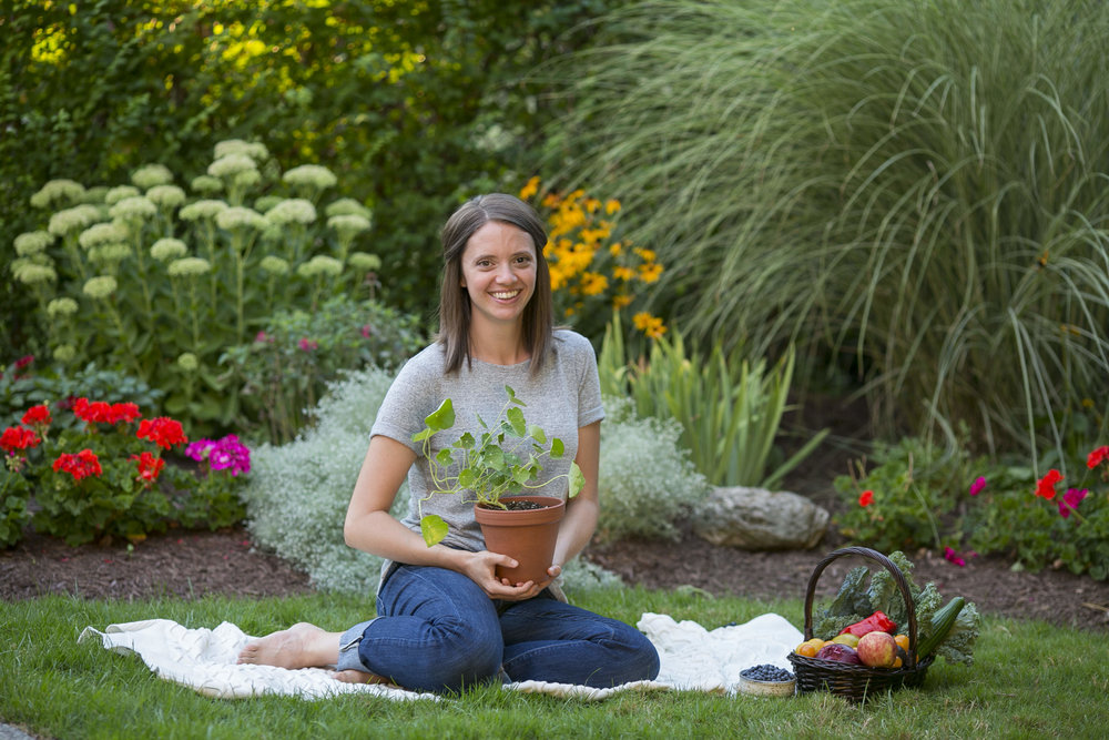 Jacqueline Conte, CNP  Certified Nutritional Practitioner  Jacqueline is a holistic nutritionist inspired by our unique connection to food and the earth. She's found her true passion in helping develop long-term sustainable cooking and lifestyle practices by enlightening and inspiring people to try new things.  Jacqueline's cooking style is constantly evolving as her creativity expands. She loves using fresh, local, organic, whole foods to create vegan, vegetarian, and paleo-style dishes that are both gluten, dairy, and refined sugar free.
