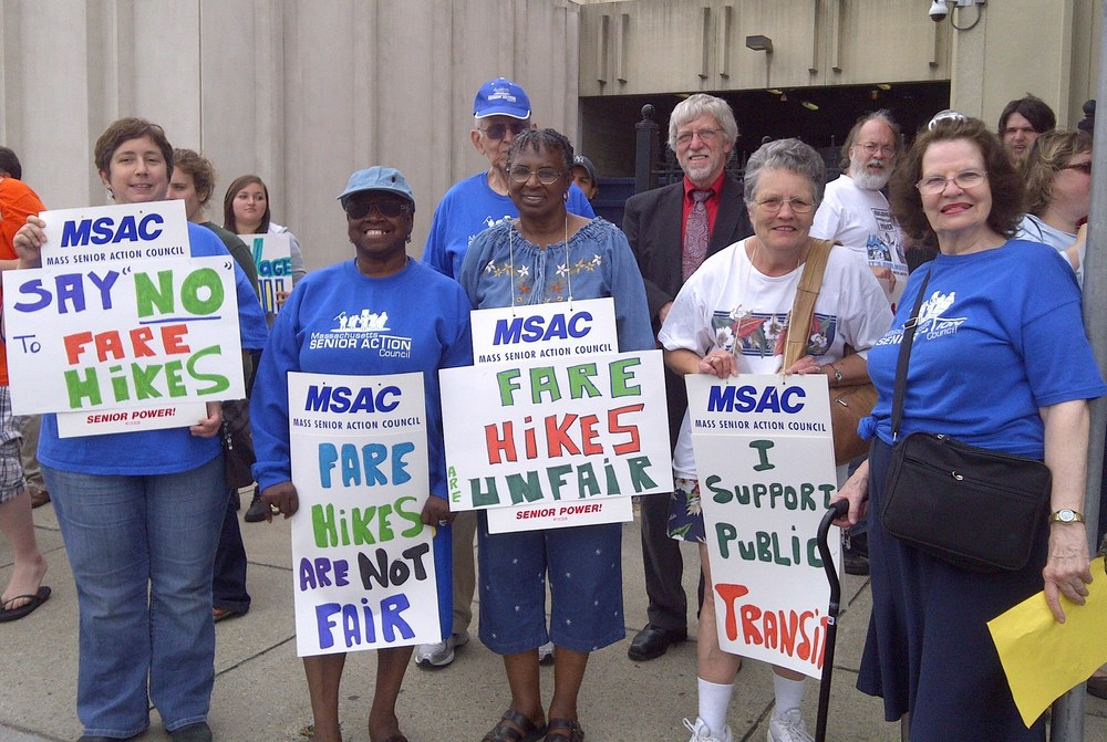 Springfield protest fare hikes.jpg