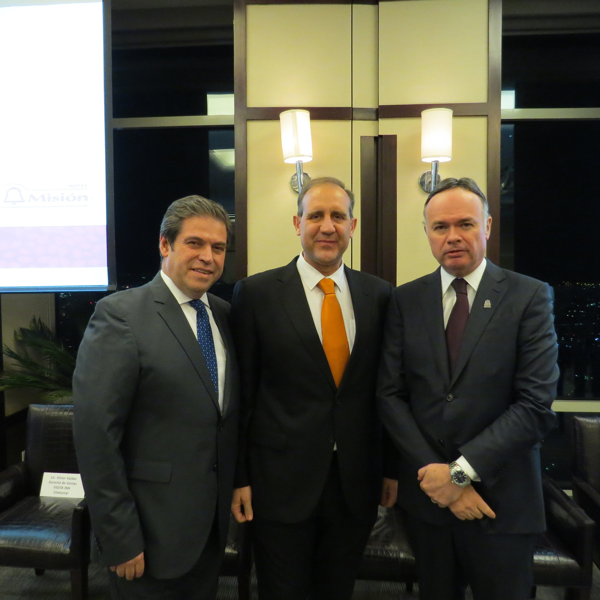 Pedro Armando Santiago, José Luis Puebla y Roberto Zapata Llabrés