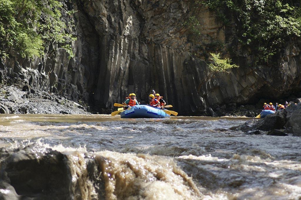 Río Amacuzac en Morelos - Guerrero, México.