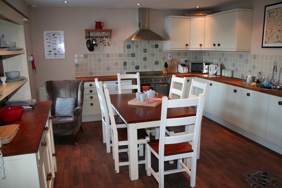 Crook Cottage kitchen.jpg