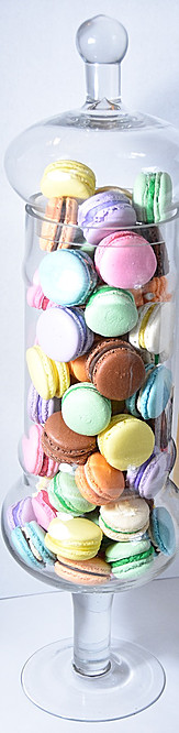 the perfect sweet macarons table decor.jpg