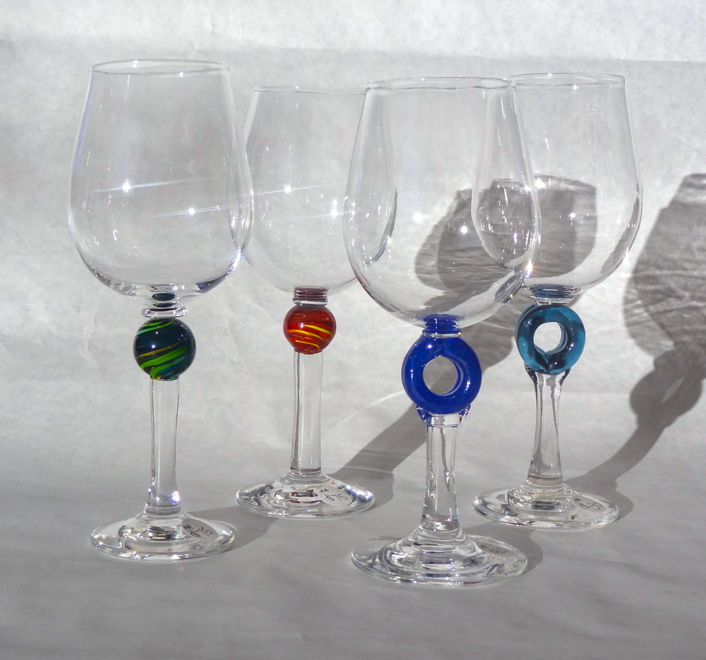 We are doing a talk at Metrovino in Calgary on October 15th on the intriguing link between glass, wine and the history of Europe. There will be tastings of old world wines - Pinot Noir, Riesling and Syrah and hand-blown goblets to accompany them. So, come and try some delicious wine with beautiful goblets. There will be wine glasses for sale as well.  You can sign up for this class at http://www.metrovino.com/tastings-events/2015/10/15/glass-and-wine-50