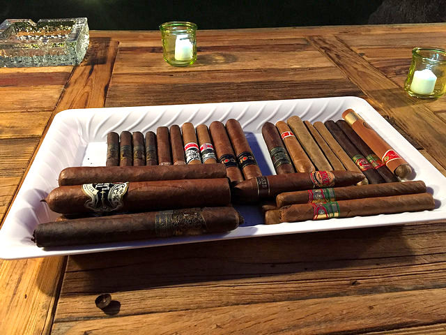 Cigar+Specialist+for+Event+Authentic+Cuban+Roller+Station.jpg