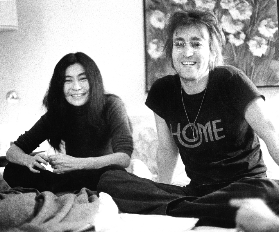 Yoko and John, photographed by Bob Gruen