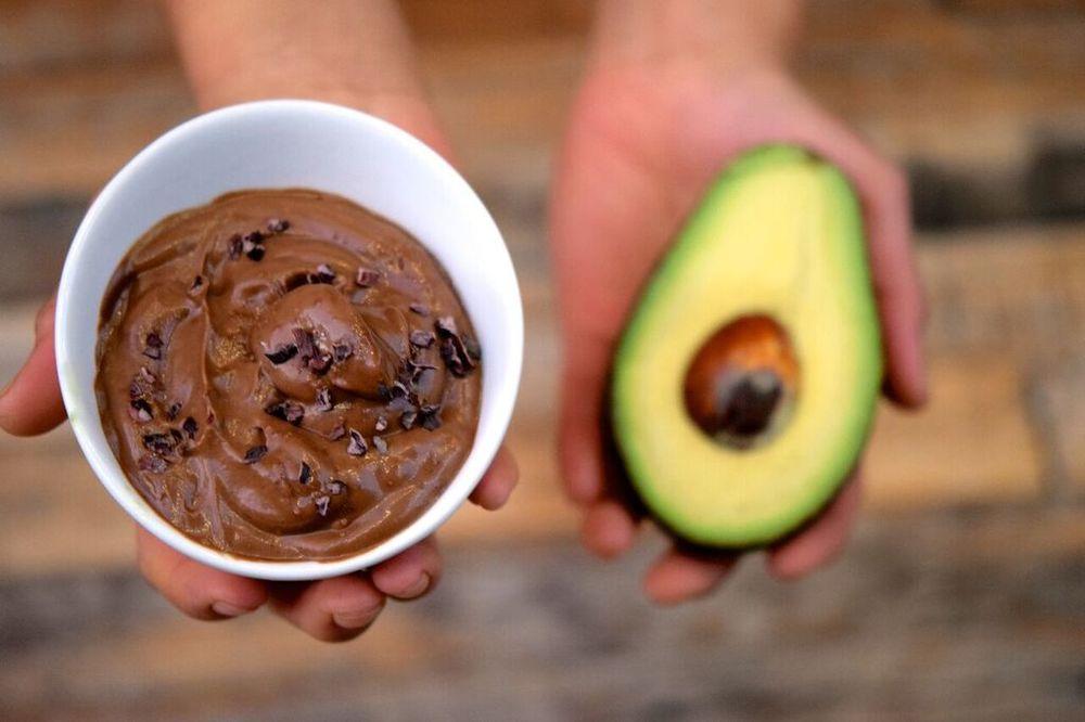 Chocolate Puddin'-Yo Mouth (Avocado Pudding) | photo courtesy of 100eats