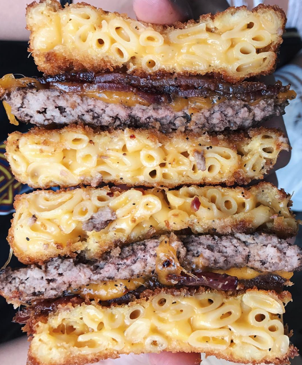 Pig Pen Delicacy's Bacon Mac & Cheese Burger | Photo courtesy of Pig Pen Delicacy via Instagram