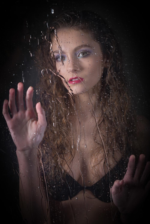 creative-water-beauty-makeup-black-wait-moody.jpg