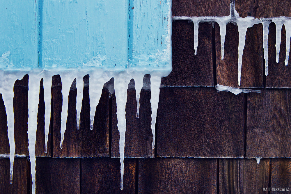 MattBerkowitz_photography_Icicles_Shingles_2500px.jpg