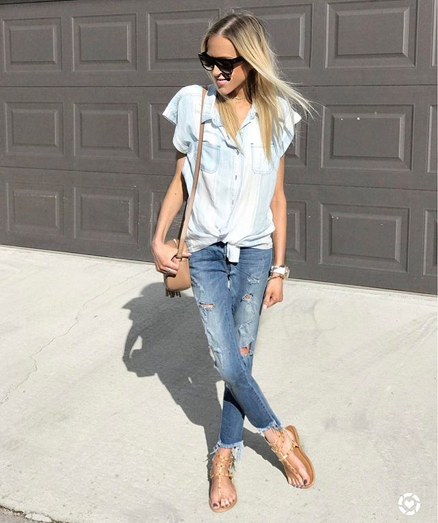 Keeping it casual today. Find all my outfit details through the link in my bio (couldn't find this shirt online, but I linked similars. You'll definitely want to check out these sandals though 😉). Hope you're having a wonderful weekend! http://liketk.it/2rqFC @liketoknow.it #liketkit
