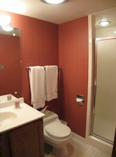 104 Fairway Drive Bath2.jpg