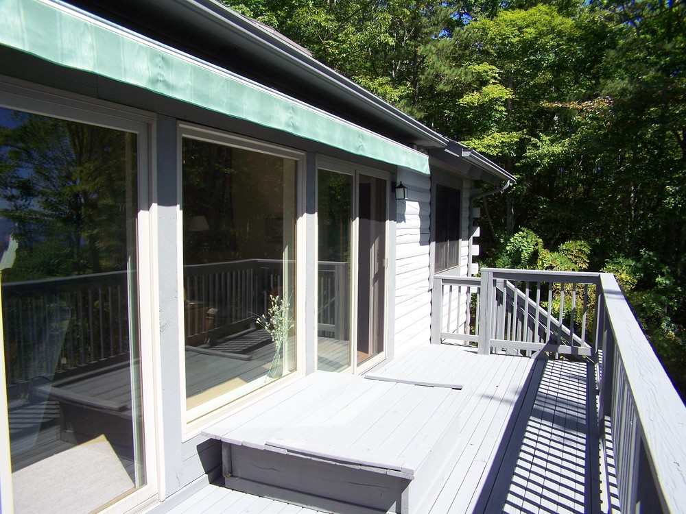 View-side Porch with Retractable Awning