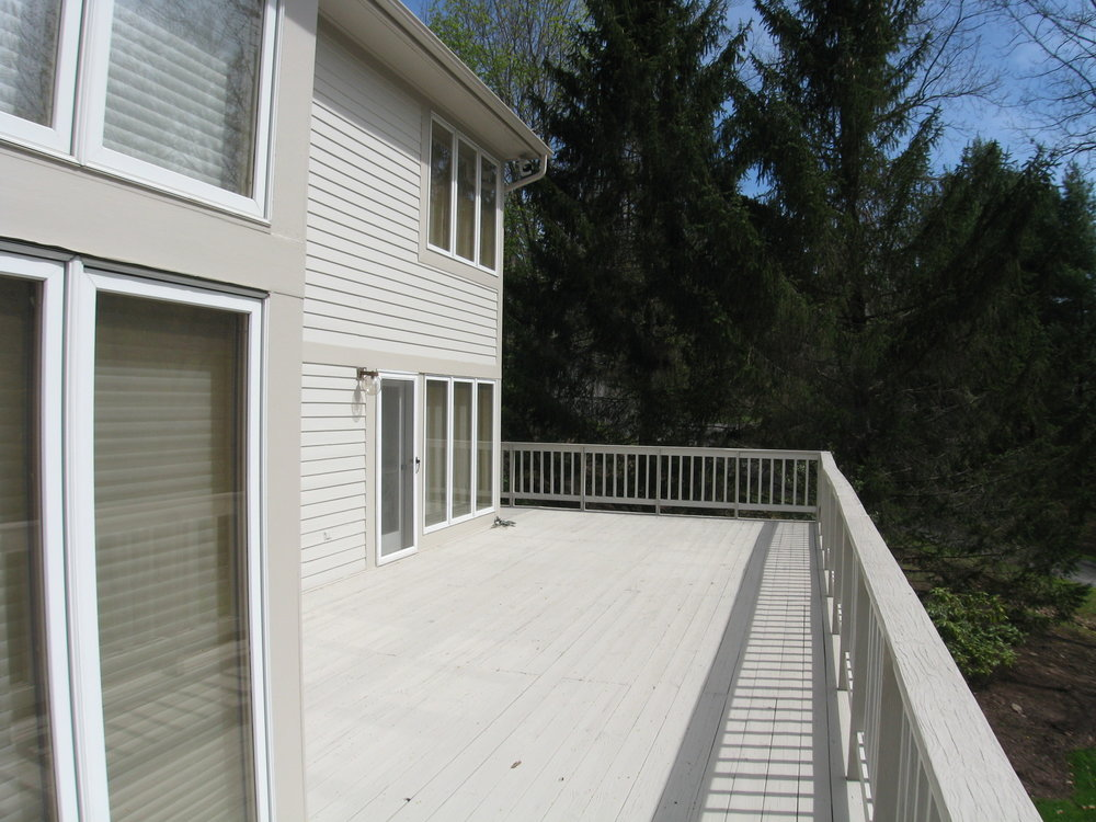 East side view deck
