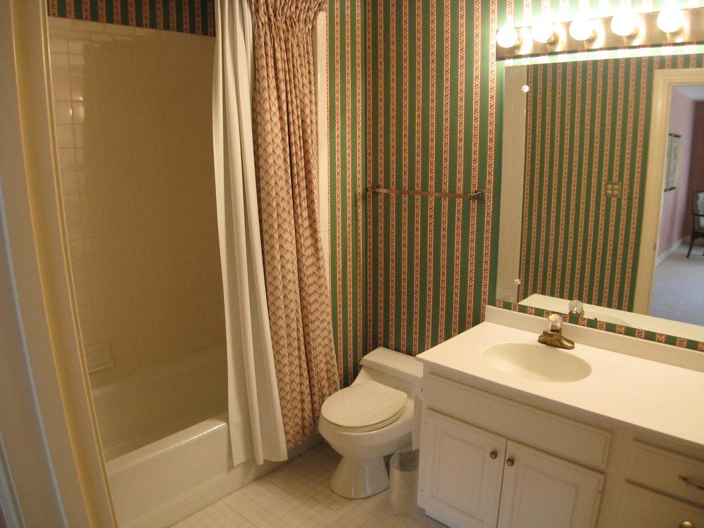 Upper Guest Bedroom 1 Bath