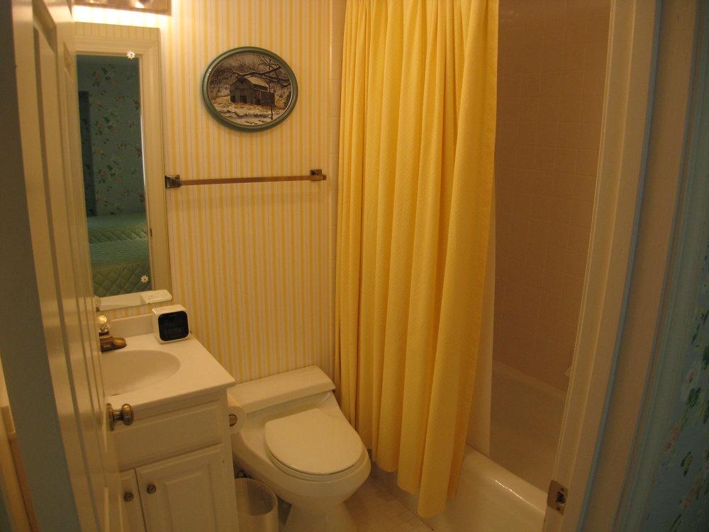 Upper Guest Bedroom 3 Bath