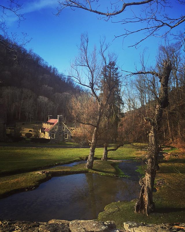 Cowardin Run beginning its journey down Dunns Gap . . . . #dunnsgap #streams #fishing #countryliving #virginiafarms #virginia #bathcounty #hotsprings #omni #thehomestead  #blueridgemountains #shenandoah #realestate #bestplacestolive #lovewhereyoulive  #vacationrental #virginiamountainhomes #bacovaproperties