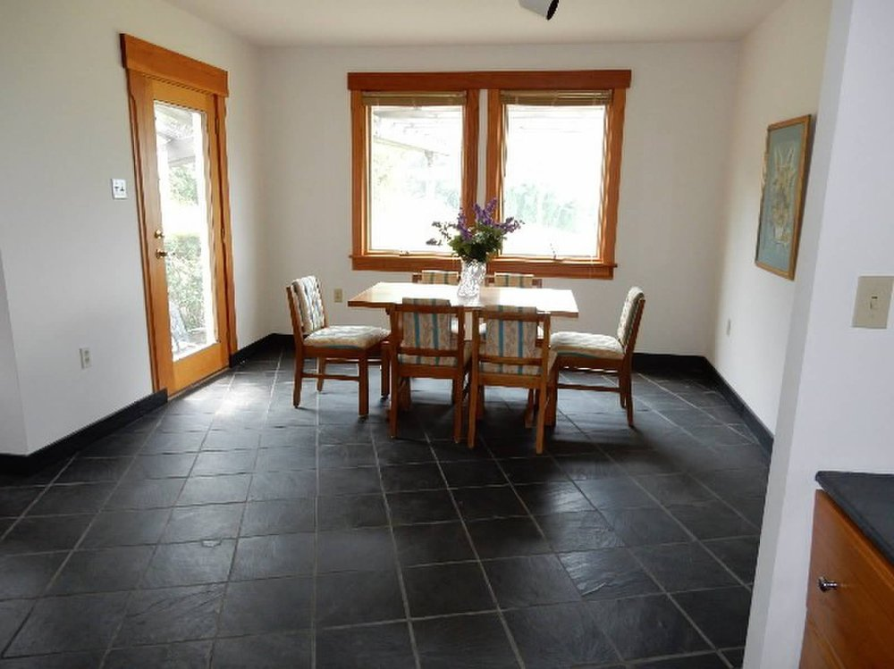 Main Floor Breakfast Room
