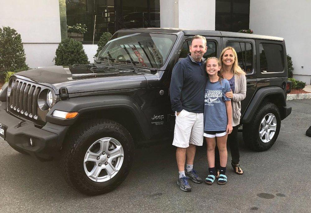 jeep-winner-family.jpg