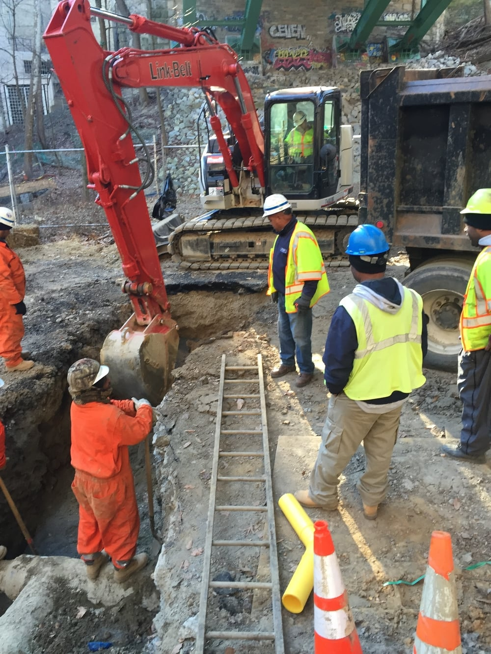 Washington Gas started Phase 2 excavations below the Connecticut Avenue Bridge.