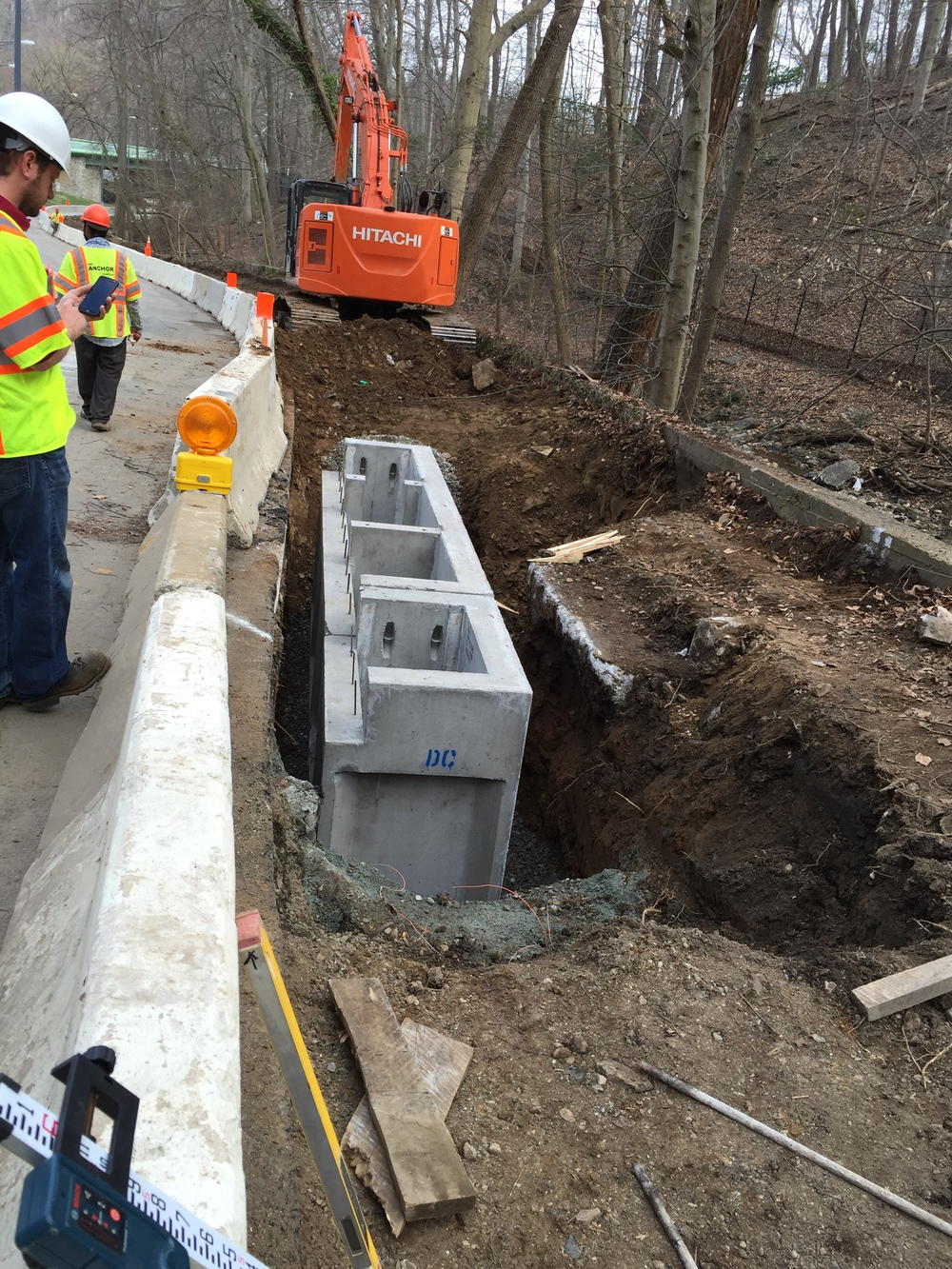 Placing a new water quality structure along the ramp