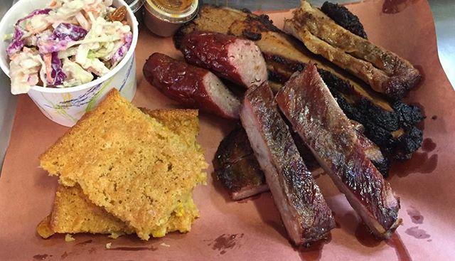 Sunday lunch @smokedtogo #smokessausage #bestcornpudding #ribs #smokedbrisket #bbq #smoke