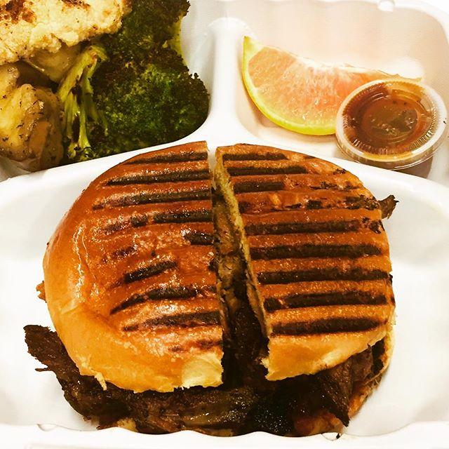 @smokedtogo Award winning #smokedbrisket #smoked foodies delight! #therealdeal #weekendeats #ridgewoodnj