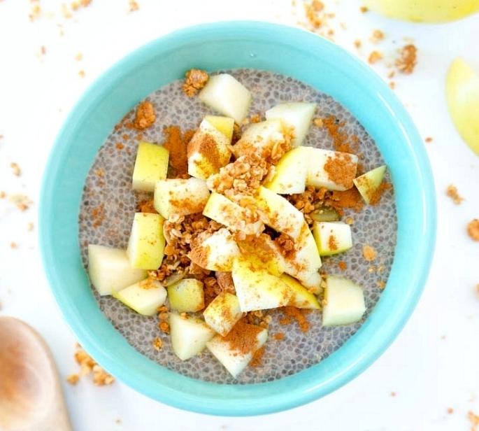 Recipe:  https://www.theglowingfridge.com/apple-pie-chia-seed-pudding/