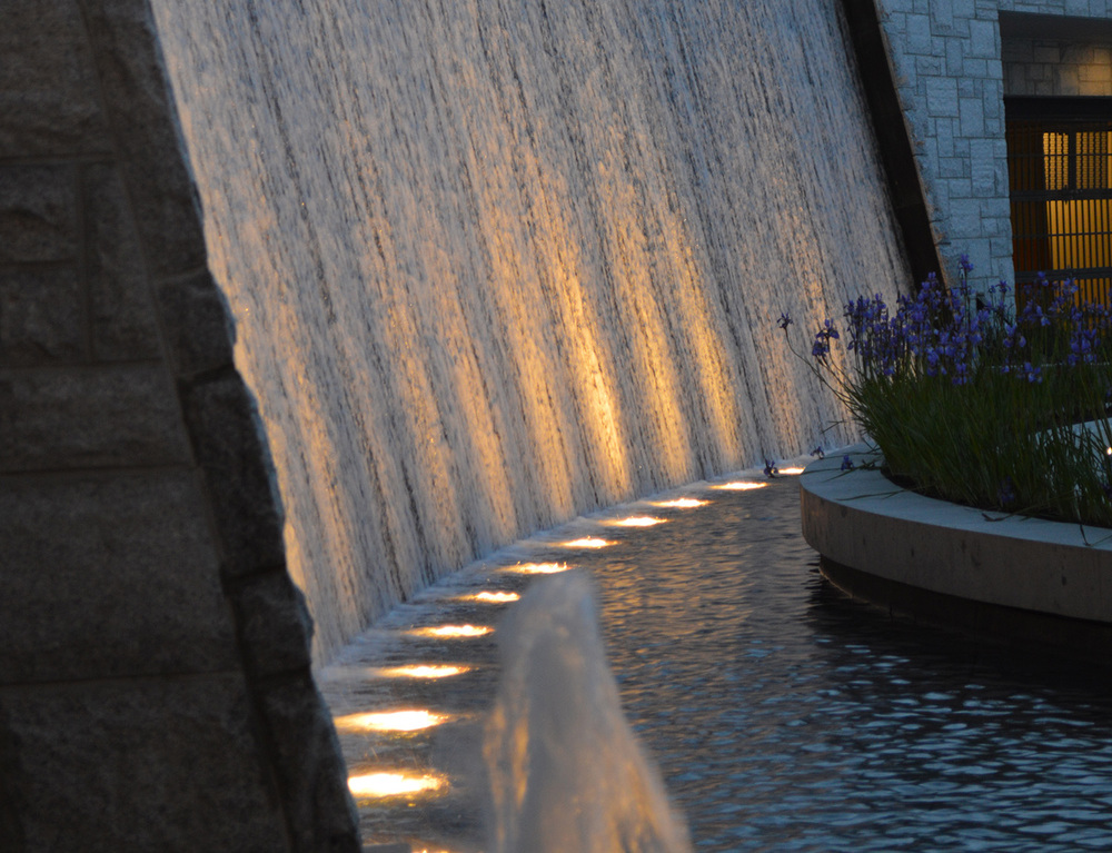 Aviara Burnaby - architectural waterfall 4.jpg