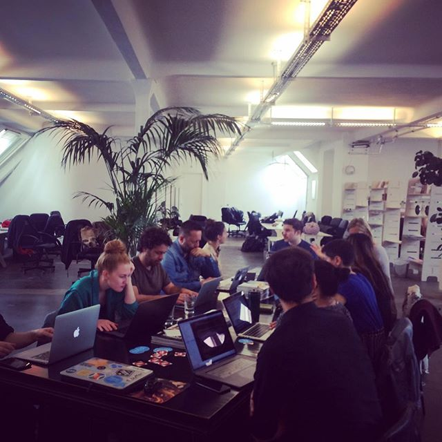 Community members enjoying visiting the @lewagonberlin for the May edition meetup! 🇩🇪💻#berlin #meetup #coworking #freelance #freelancer #selfemployed