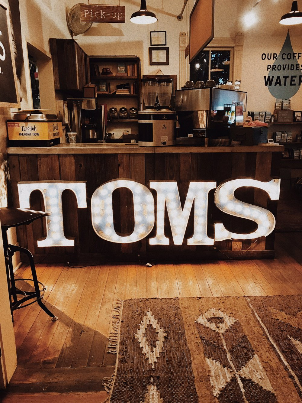 Tom's on South Congress