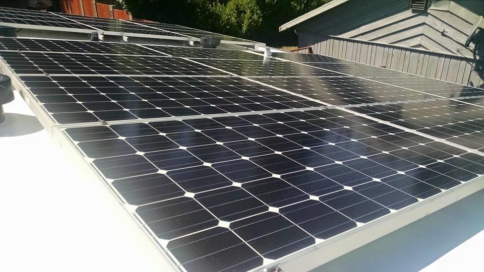 Solar Panel Roofing .jpg